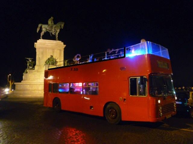 party bus open roma: foto